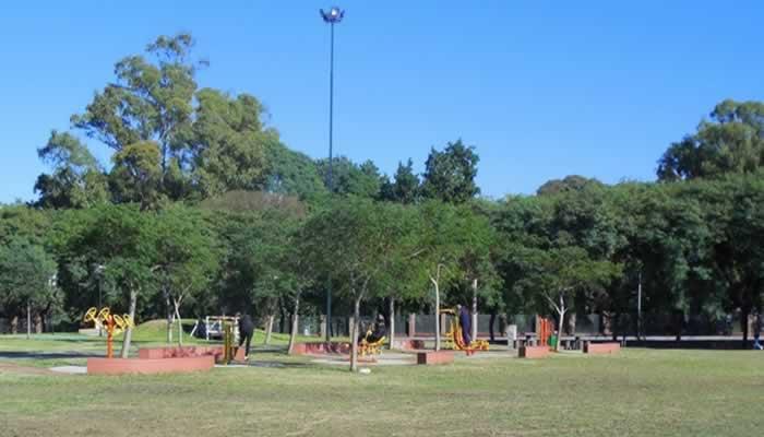 """""""No a las torres», los vecinos de La Paternal defienden el Parque La Isla"""