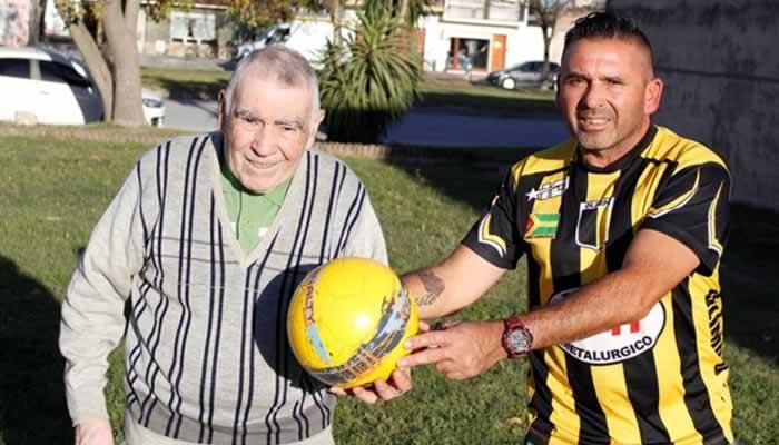 Ernesto Barragán, un futbolista del Barrio Colegiales que llegó muy lejos