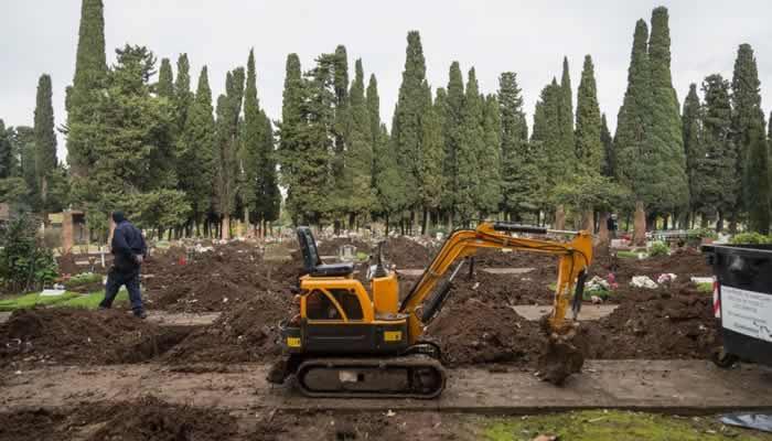 Liberan tumbas en el cementerio para una eventual demanda de espacio por la pandemia