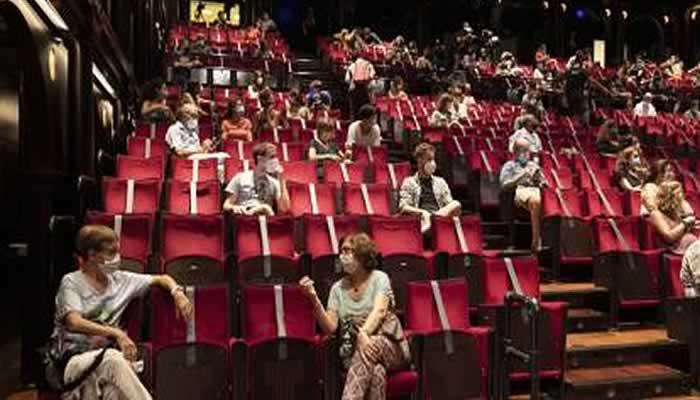 Vuelven a funcionar al 100% en La Ciudad los teatros, espacios culturales, cines y bibliotecas